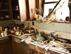 sell hoarder homes in Los Angles